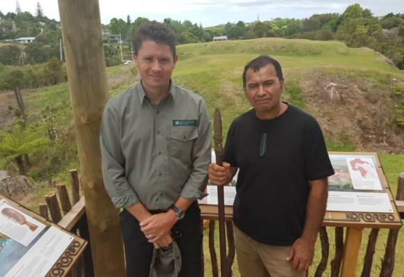 Andrew Blanshard and Kipa Munro at Kororipo Heritage Park.