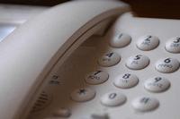 El teléfono fijo se resiste a desaparecer