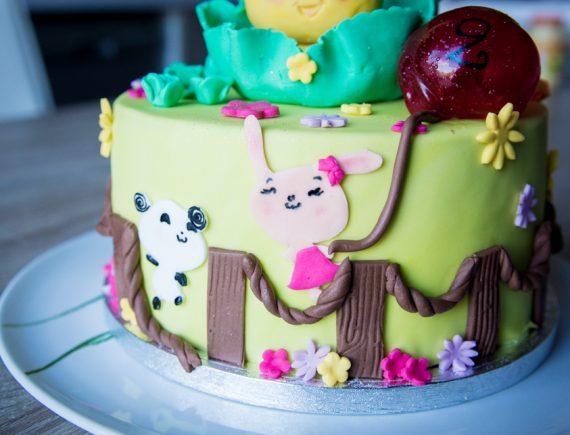 Le fabuleux gâteau d'anniversaire, L'envolée sucrée