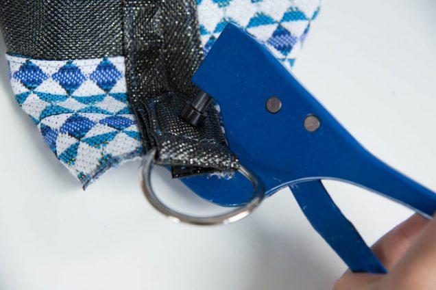 poser un rivet avec une pince pose rivet couture