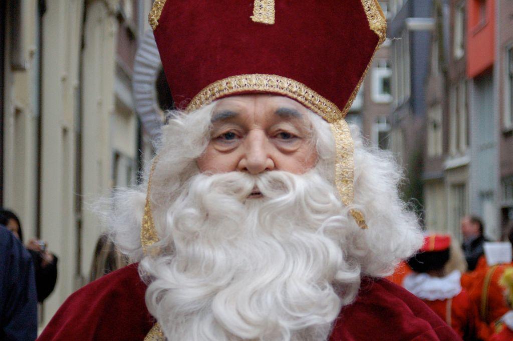 Sinterklaas, Sint