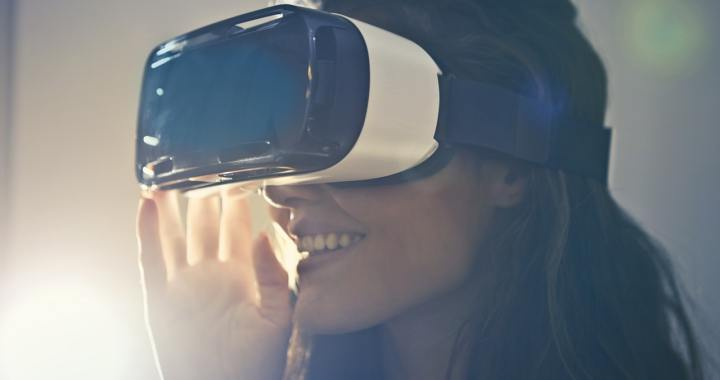 How and why we use virtual reality in science