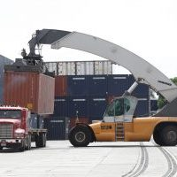 City of Los Angeles Files Lawsuit on Port Trucking Company