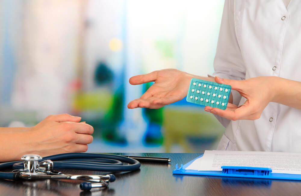 Por que consultar um ginecologista ao escolher um anticoncepcional?