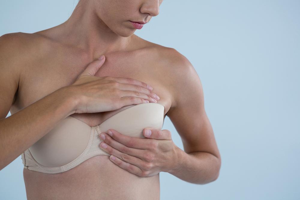 O que um caroço no peito pode significar