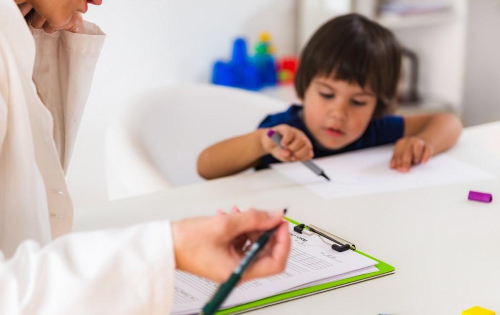 5 situações em que um psicólogo infantil deve ser acionado