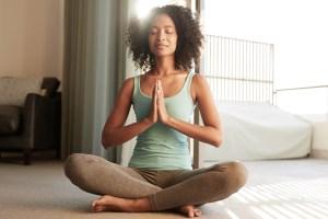 Como a prática do Yoga melhora a nossa saúde física e mental