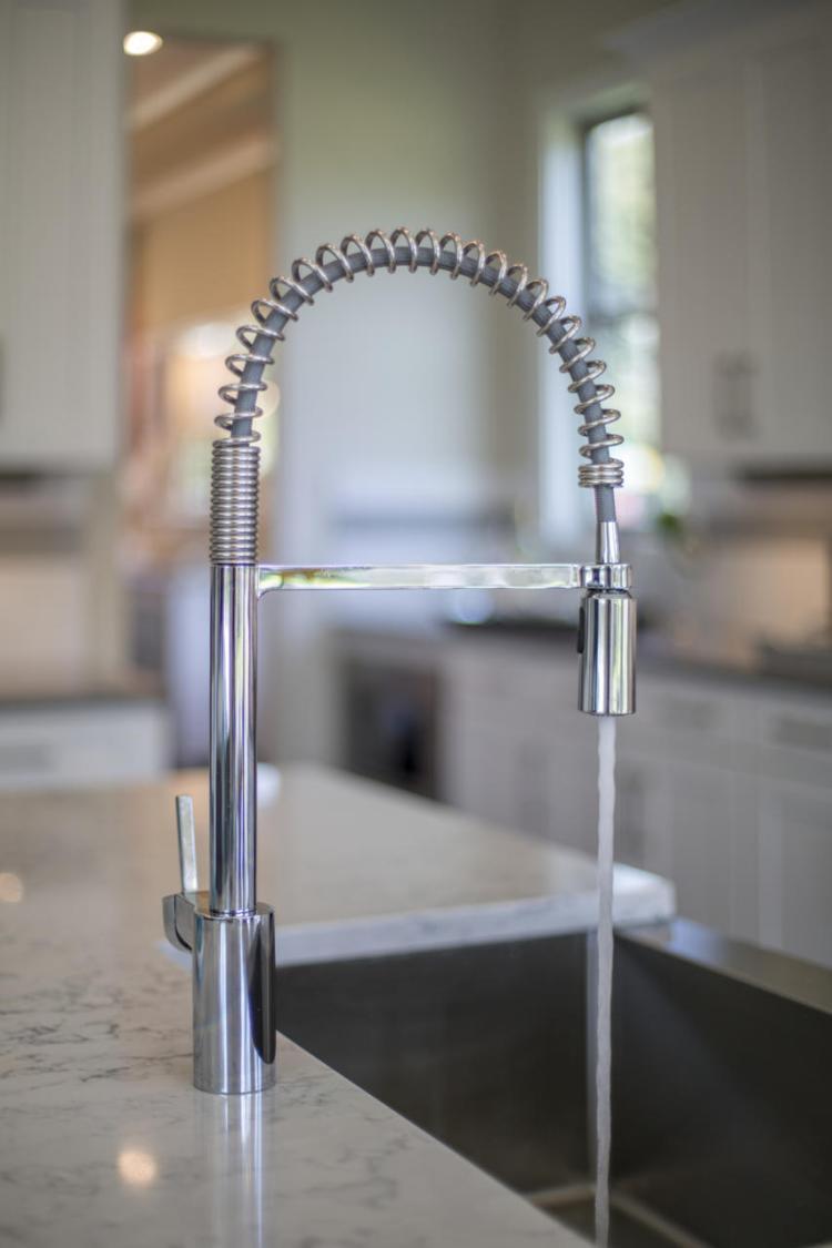 mac-0032-vanderburgh-faucet_preview