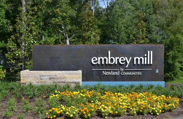 Embrey Mill Entrance Monument in Stafford, Virginia | Homes by Drees Homes