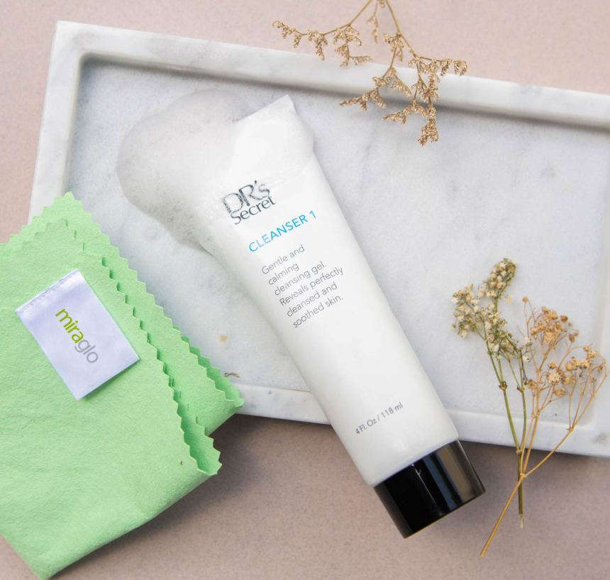 miraglo with cleanser 1
