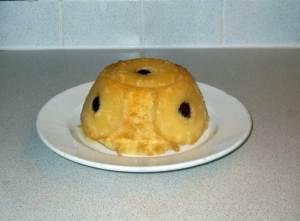 Pineapple sponge pudding