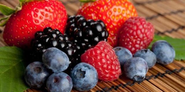 Buah-buahan Berry via www.merdeka.com