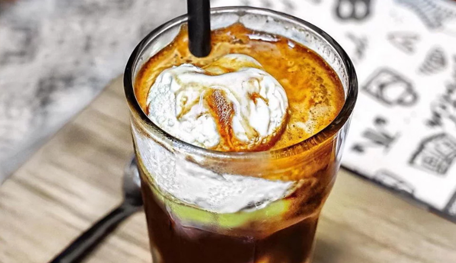 Kedai kopi avocado ala duniamasak via pexels.com
