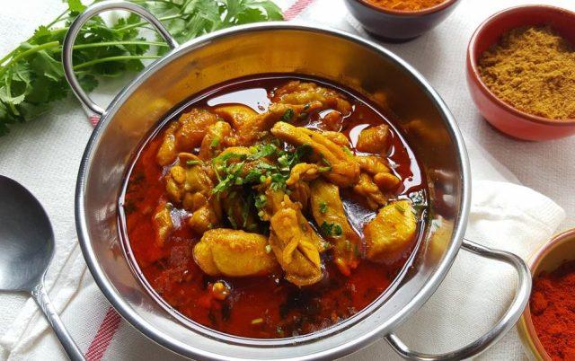 Chicken Curry via www.afeliaskitchen.com