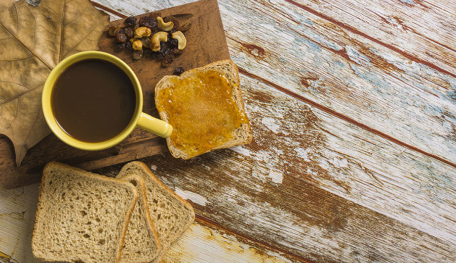 Makanan ringan pendamping kopi poster via freepik ala duniamasak