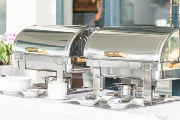 Peralatan Katering Yang Diperlukan Untuk Pemula via Freepik ala tim duniamasak