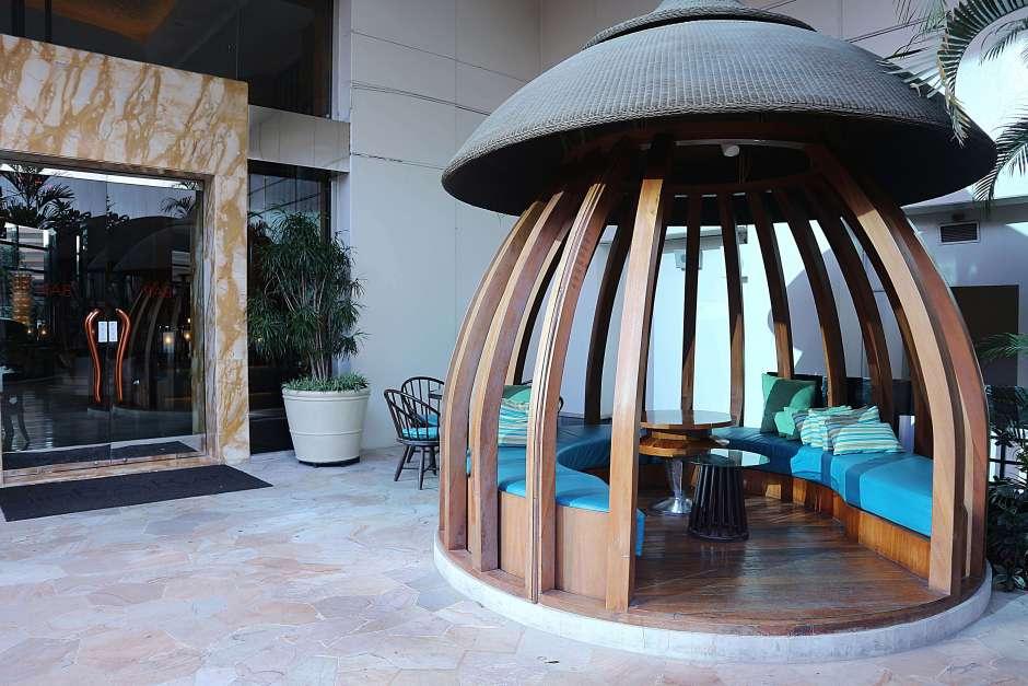 Interior JimBARan Lounge via dok. Duniamasak.com