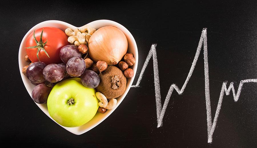 Buah untuk penyakit jantung via freepik.com ala tim duniamasak.com