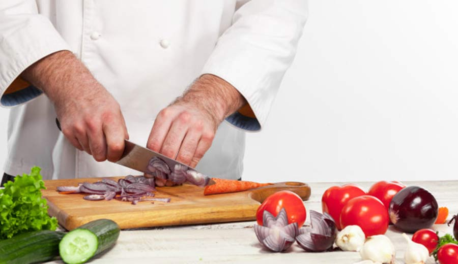Cara haluskan bahan makanan via freepik ala tim duniamasak.com
