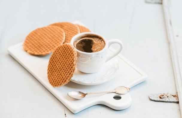 Cookies-dunia-stroopwafel via freepik ala duniamasak