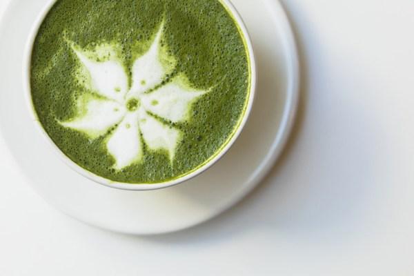seni kopi Cream art via freepik ala duniamasak