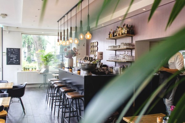 Dapur cafe aesthetic via freepik ala duniamasakDapur cafe aesthetic via freepik ala duniamasak