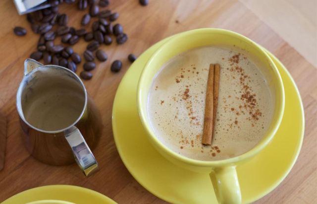 Dirty chai latte via food-hacks.wonderhowto.com