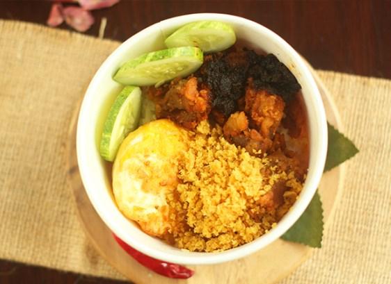 Nasi Ayam Fillet Sambal Ireng dok. duniamasak