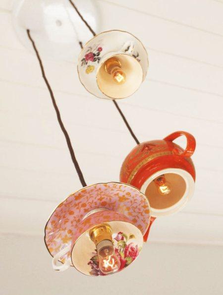 lampu gantung dari cangkir via architecturendesign.net ala tim duniamasak.com