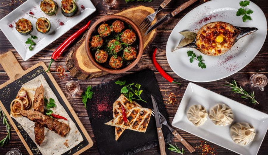 Makanan asian dan western via freepik ala tim duniamasak.com