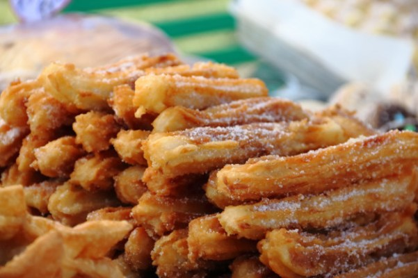 Makanan viral dirumahaja dalgona churros tiktok via freepik ala duniamasak