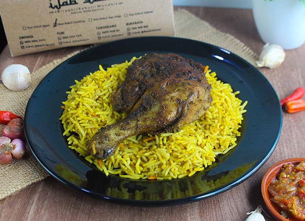 Nasi kebuli ayam besar ijab qabul dok. duniamasak.com