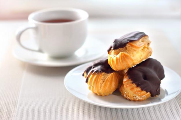 Resep dessert perancis eclairs via freepik ala duniamasak