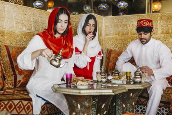 Restoran Ala Timur Tengah via freepik ala tim duniamasak.com