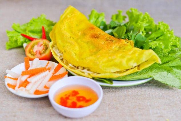 Banh xeo, crepes sajian khas Vietnam via thebestvietnamesefood ala duniamasak