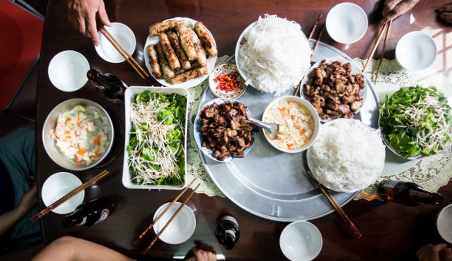 Sajian khas vietnam via freepik ala duniamasak