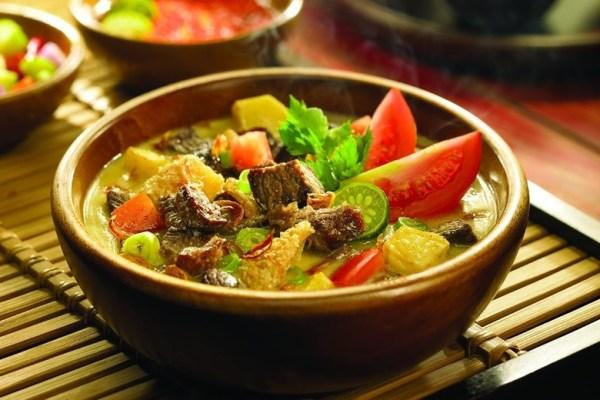 Resep Soto Betawi ala duniamasak via unileverfoodsolutions.co.id
