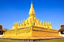 Pha That Luang via freepik ala tim duniamasak.com