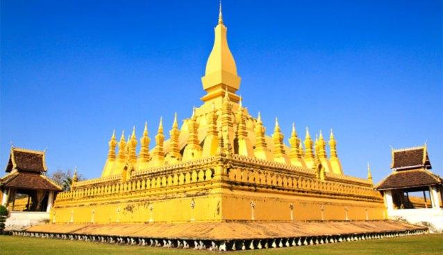 Pha That Luang via freepik ala tim duniamasak.com