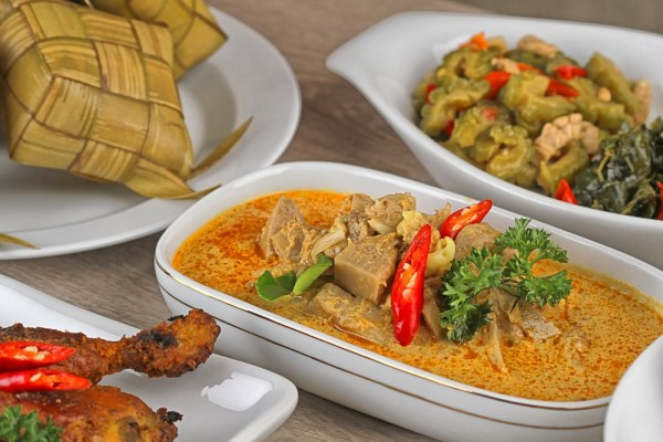 Tips mengatasi makanan menumpuk setelah idul fitri via idntimes.com ala tim duniamasak
