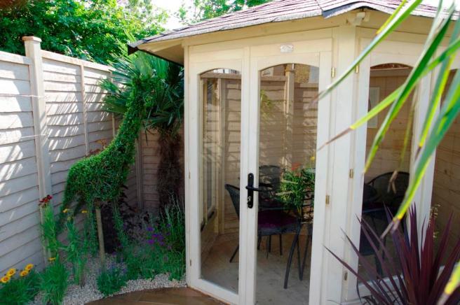 Love Your Garden Summerhouse Dunster House