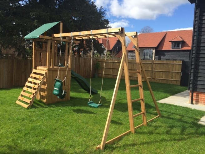 QuestFort Triumph Climbing Frame Dunster House