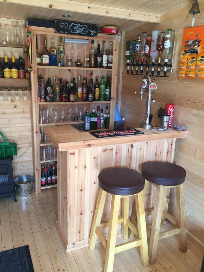 Customer Reviews: PremiumPlus Carsare Log Cabin Dunster House with Cabin Bar