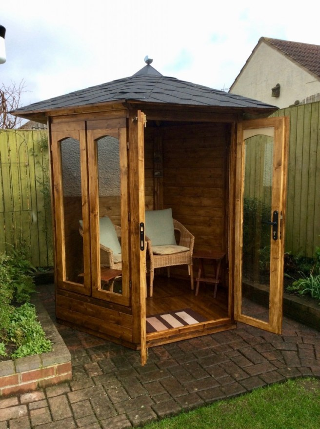 Summerhouse from Dunster House with french door