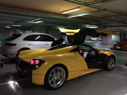 15-year-old-gets-a-huayra-for-his-birthday-youngest-pagani-owner_4