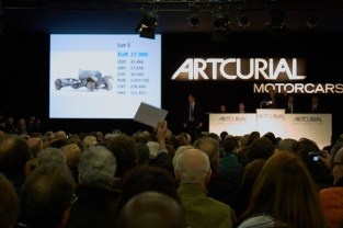 The Auction Room - Retromobile 2015 by Artcurial Motorcars - 6 GêÅ Artcurial