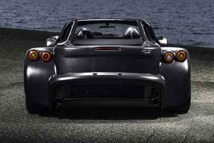 Donkervoort-D8-GTO-Bare-Naked-Carbon-Edition-(2)