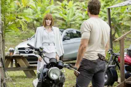 jurassic_world-mercedes (14)