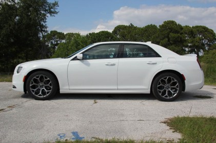 chrysler-300s-070815 (2)