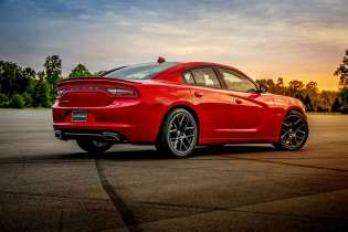 2015-dodge-charger-rt (10)